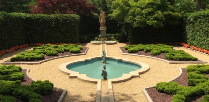 A Tour of Hillwood